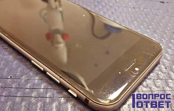 Поцарапанный экран мобильника