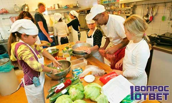 Детский труд на кухне