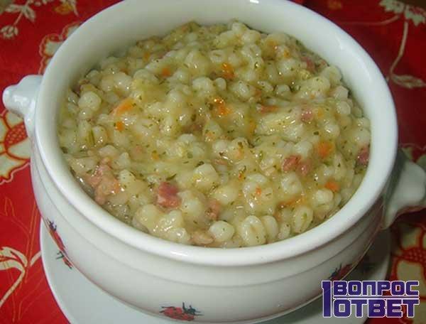 Перловый суп с зеленью
