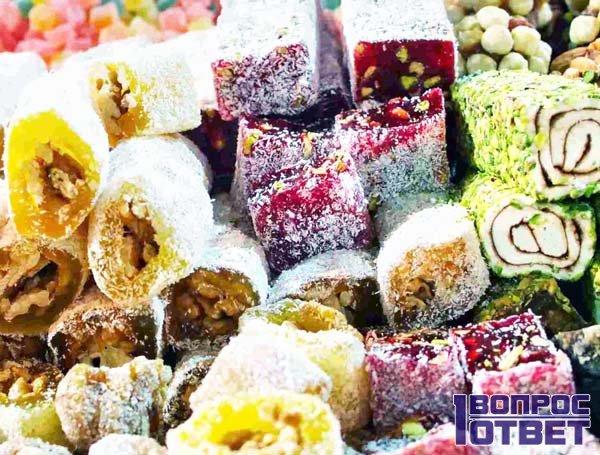 Набор сладких десертов