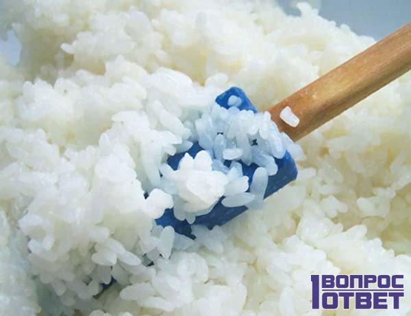 Варенный рис и лопатка