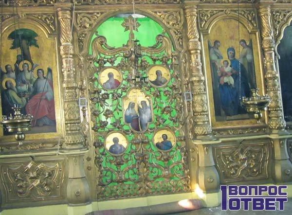 Иконы в церкви святой Богородицы