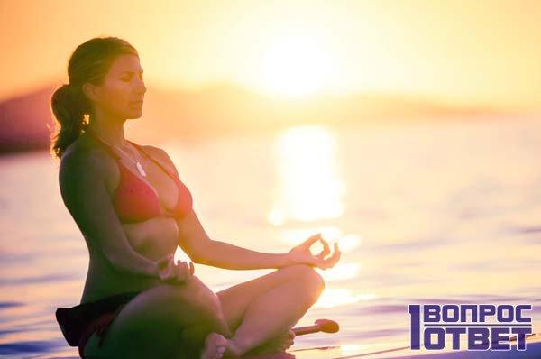 Занятия медитацией на закате