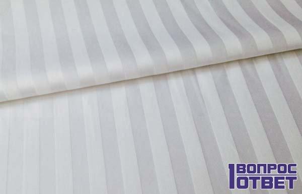 Гладкая ткань из страйп-сатина