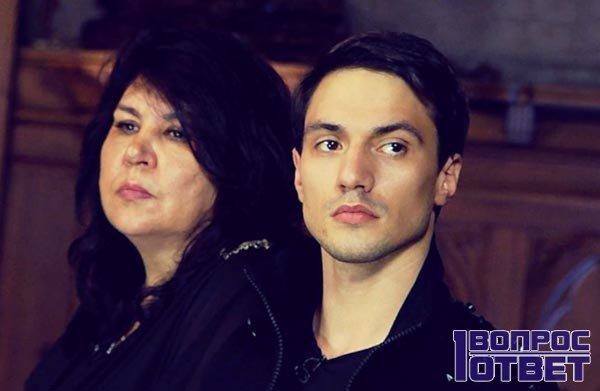 Денис с Матерью