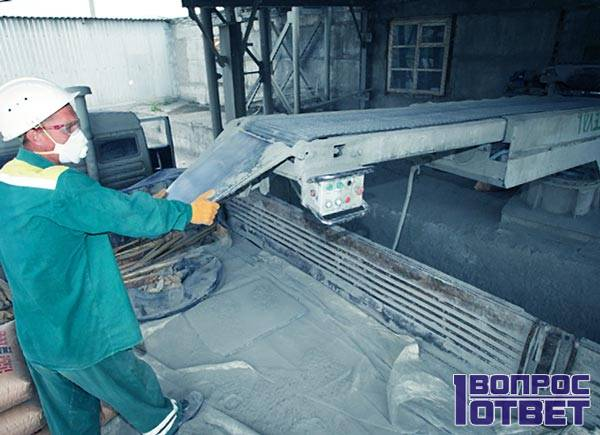 Изготовление цемента на заводе
