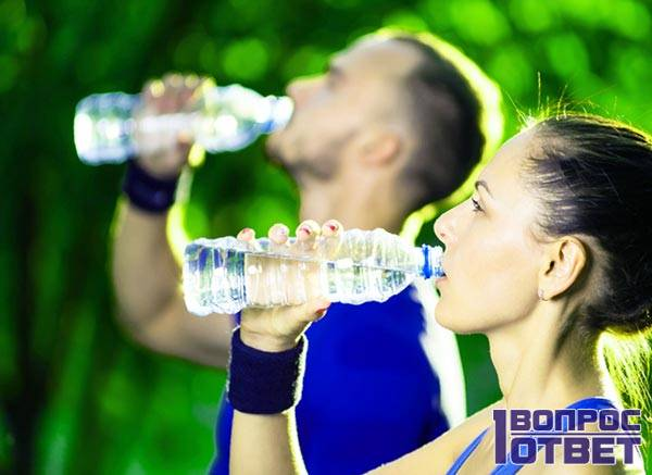 Правильное питье из бутылки