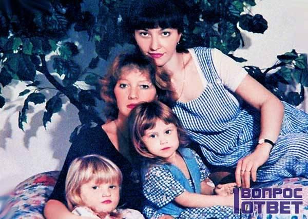 Проклова и ее дети
