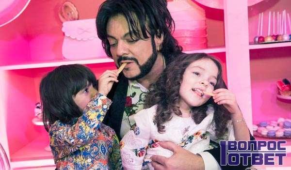 Двое детей Киркорова