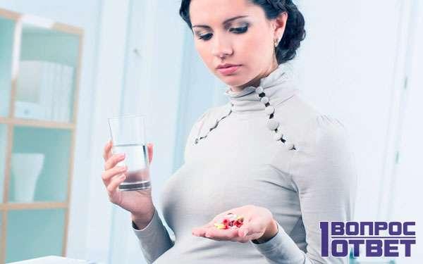 Беременная раздумывает, принимать ли ей оциллококцинум