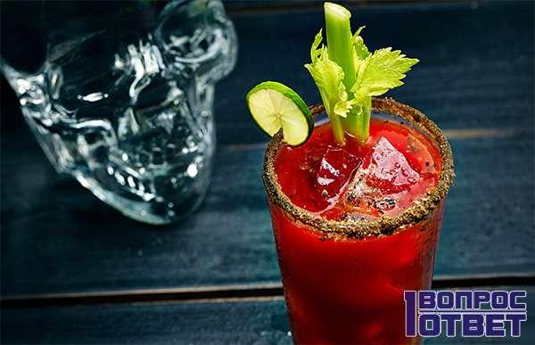 Коктейль из томата и водки - Кровавая МЭРИ