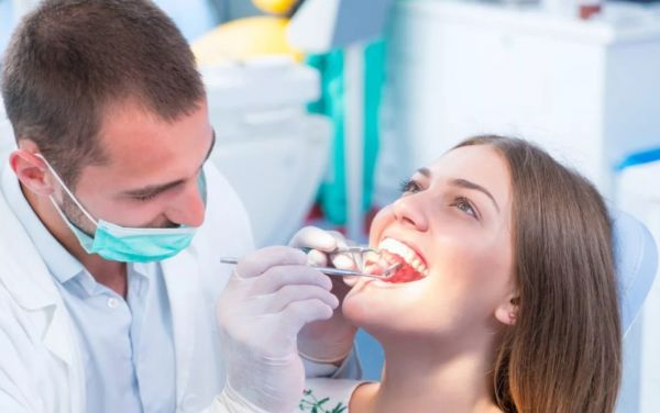 Для чего нужна профессиональная чистка зубов?